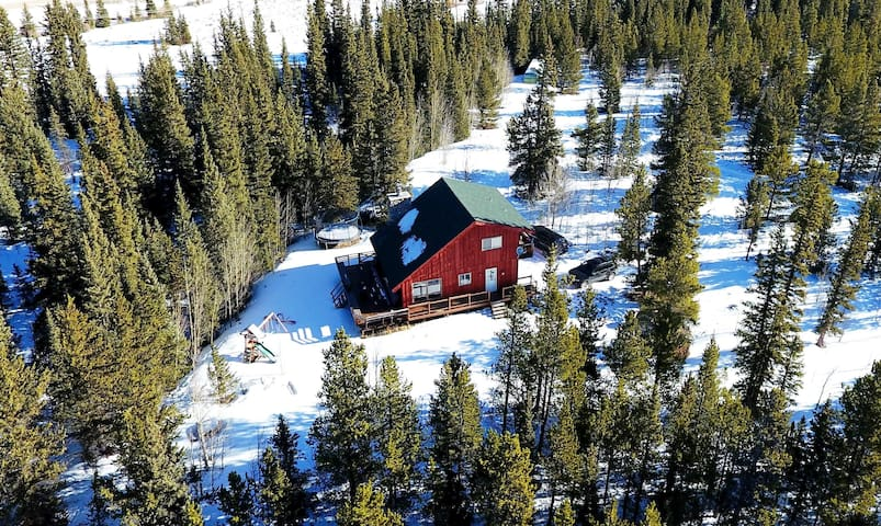 Creek Side Mountain Cabin close to Breckenridge