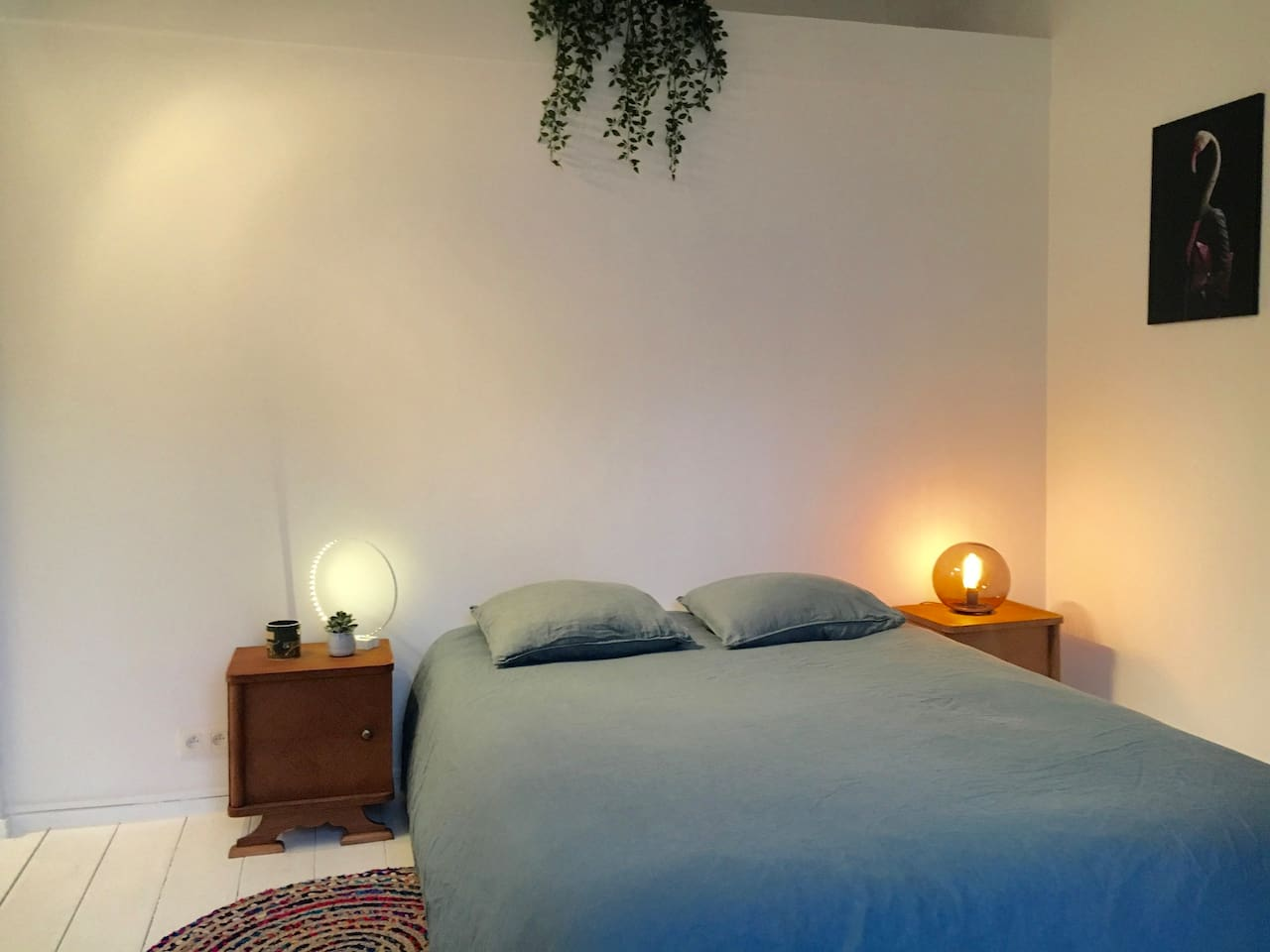 Cosy and bright bedroom with double bed (140)