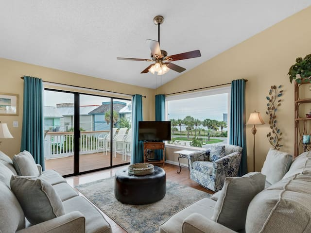 Exquisitely-Decorated, Located in Holiday Isle, Sleep 6