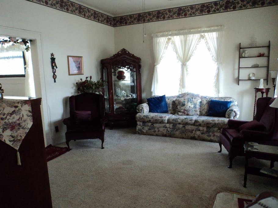 Keepsake Living Room