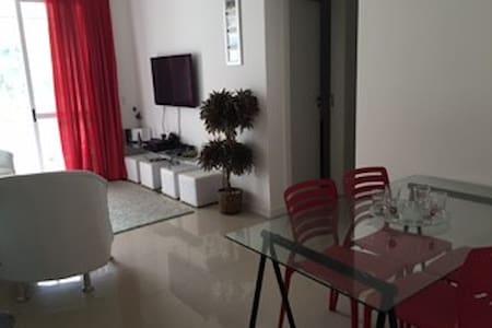 Belo Apartamento em Home Club - Camboriú