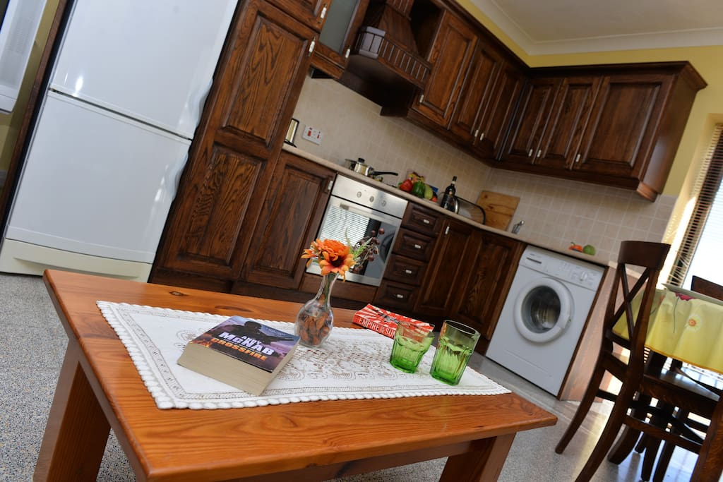 Kitchen area : Horizon 2 bedrooms