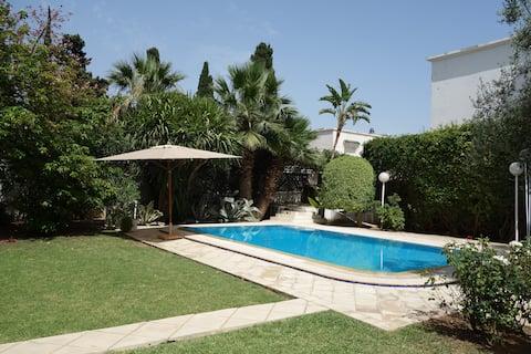 """The Olive Tree Loft"" + swimming pool & big garden"