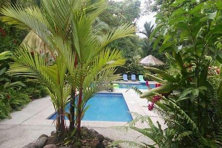 cabañas rusticas piscinas  jacuzzi - Sarapiquí - Pondok alam