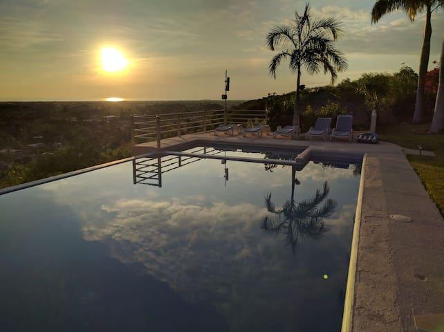Beautiful Hillside Condominium with amazing views - Puerto Escondido - Appartement en résidence