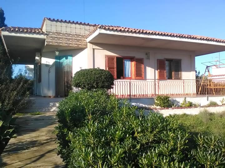 Villa with 3 bedrooms in Lido di Noto, with wonderful sea view and terrace - 300 m from the beach
