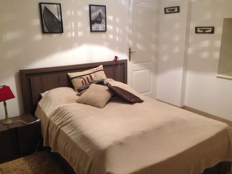 Chambre tess avec vue sur le golfe chambres d 39 h tes - Chambre d hote roquefort sur soulzon ...