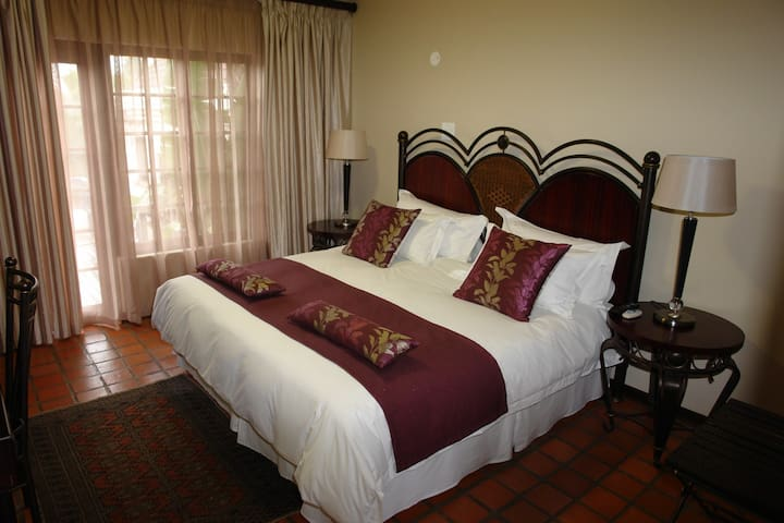 NorthHill Guesthouse  Room 5