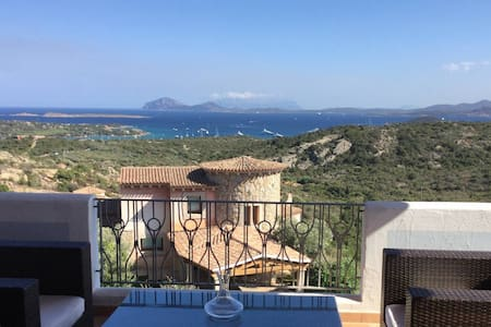 Costa Smeralda with amazing views - Abbiadori - 타운하우스