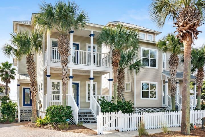 3-Story Retreat Home, Gulf Views & 10-Mn Walk to Beach, Pets Welcome.