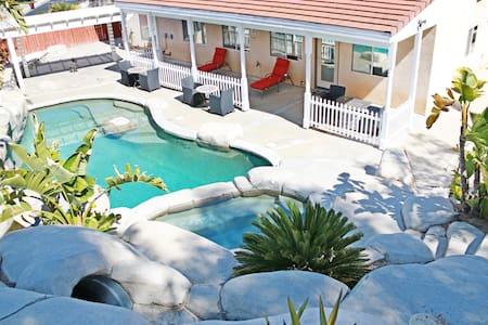 Resort-like home - Moreno Valley - Haus