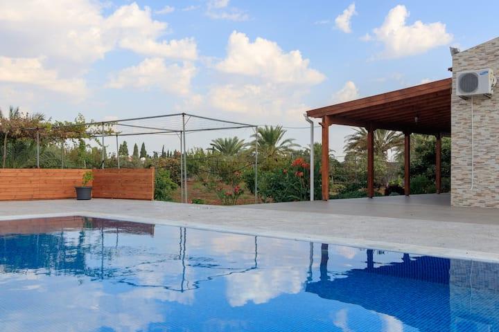 BerryRose Villa