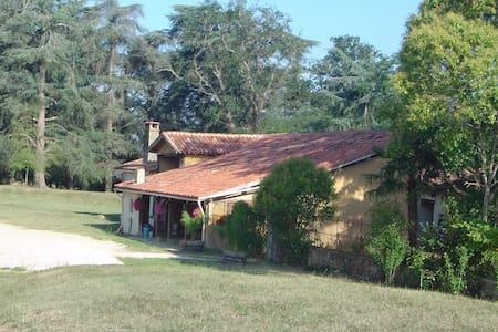 Chambres d'hôtes au relais du haget - Cravencères