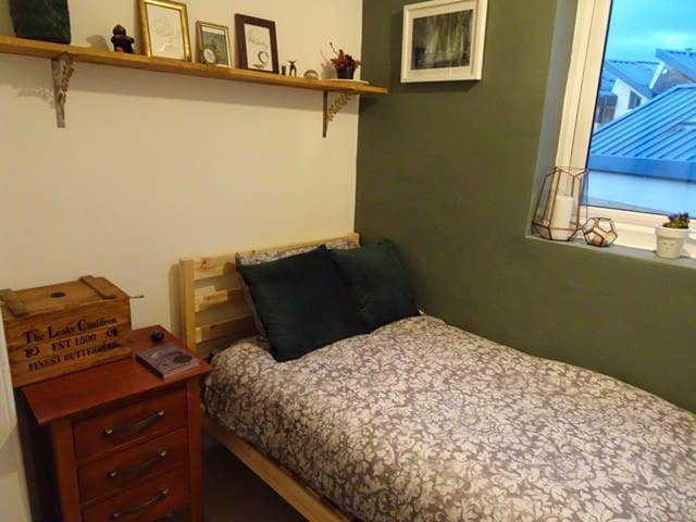 Single Bedroom in Lincoln's Cathedral Quarter