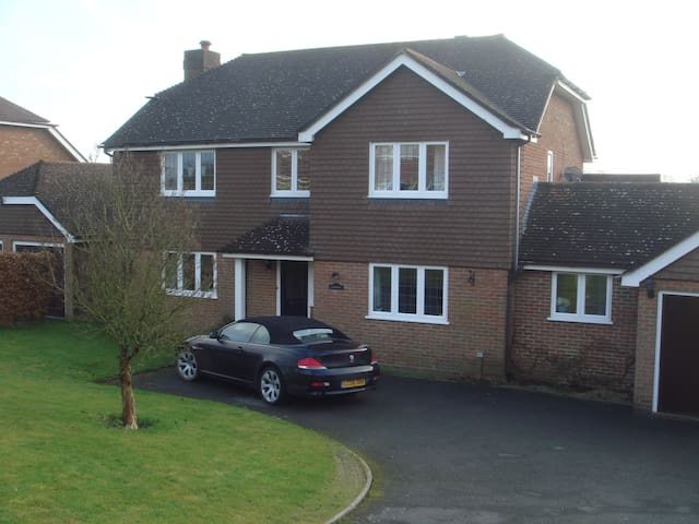 Large comfortable Sussex family accommodation - Wadhurst - Casa