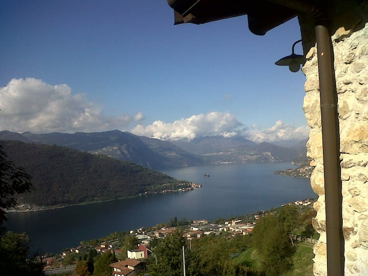 FAMILY ROOMS  vista lago ISEO cascina narovina