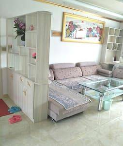 唐古拉路家庭式房屋