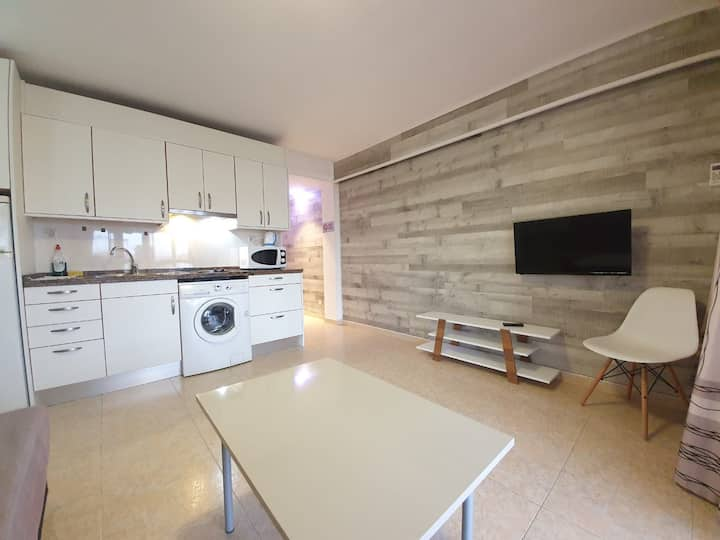 Apartment in Carrer de Paris for 4 person