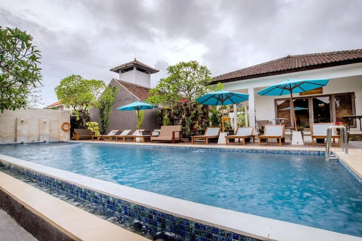 Swimming Pool (Outdoor)