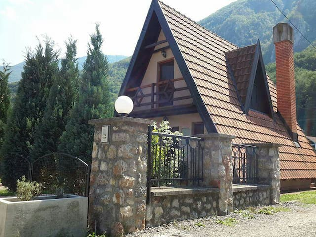 Perucac Tara,Drina,Bungalow Detelina 6 person