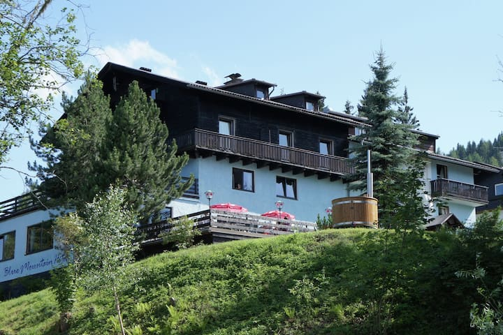 Spacious Villa in Afritz am See with Sauna