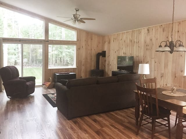 Newly Built Home in Interlochen, central location!