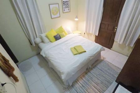 Private Room at Tamba House in Pangururan