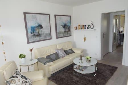 Liebherzen - komfortable Ferienwohnung Nähe HH - Büchen - Appartement