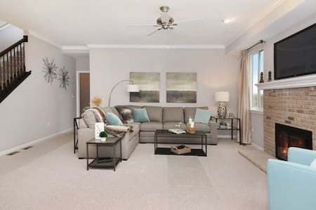 1 Bedroom to Rent in a 3 bed house.