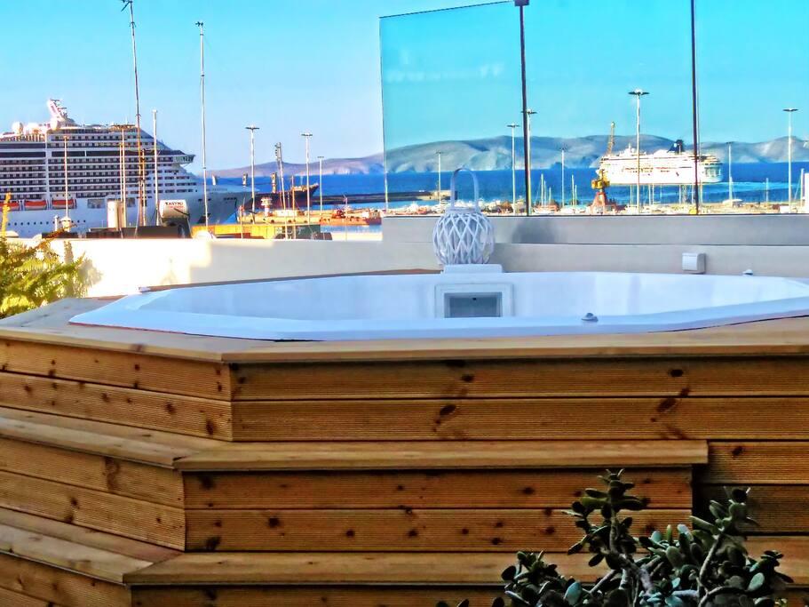 Luxury Sea-View Penthouse in Heraklion Crete
