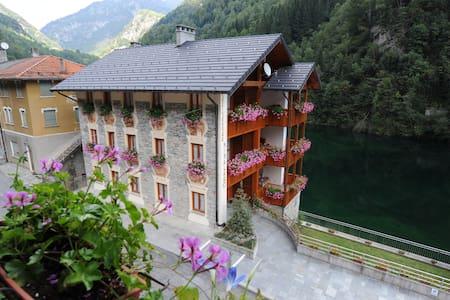 Appartamento vacanze in Valsesia - Rimasco - Apartment