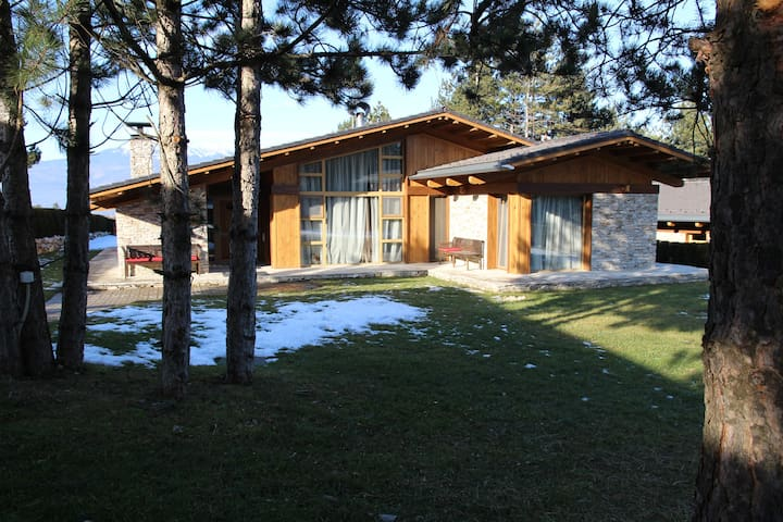 Cottage Nataly at Golf Resort near Bansko