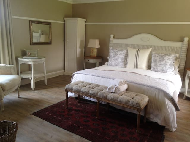 Happy Lands B&B and Self Catering - Addo - Bed & Breakfast