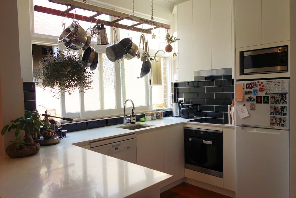 Fully equipped and recently renovated kitchen with dishwasher.
