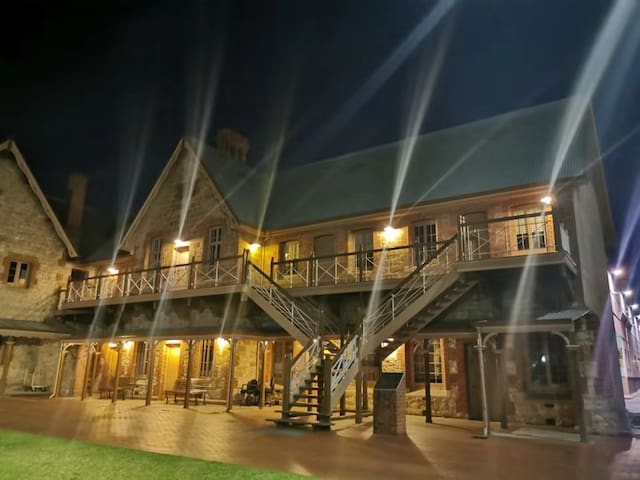 Heritage short stay in north Adelaide