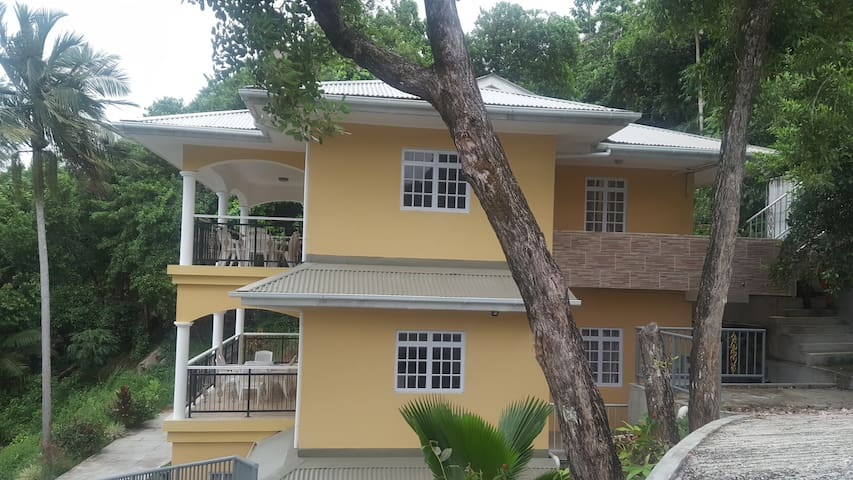 Anse Royale Bay View apartment #2 (sea view)