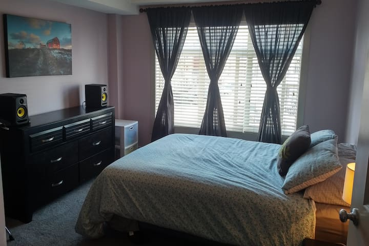 Luxury, Location, and Comfort. - Calgary - Apartemen
