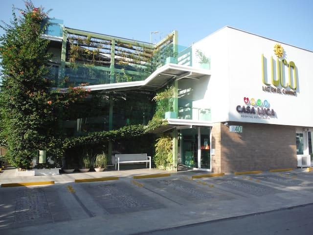 DEPARTAMENTO LINDO - FUNCIONAL- UBICADISIMO - San Pedro Garza García - Wohnung