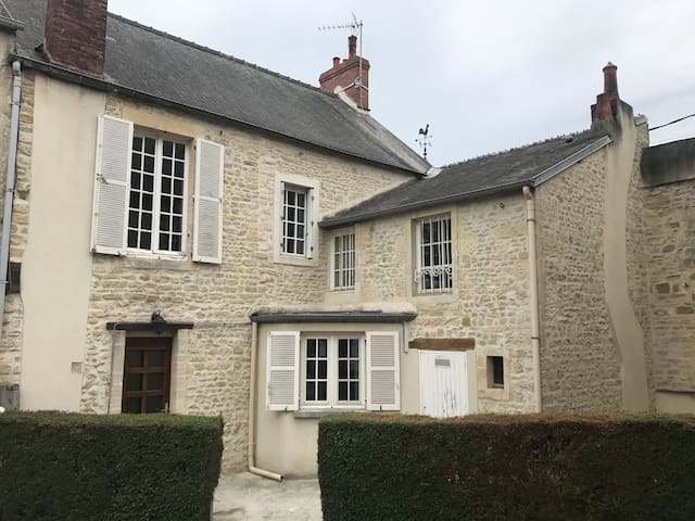 House center of Bayeux 5 rooms 10 persons