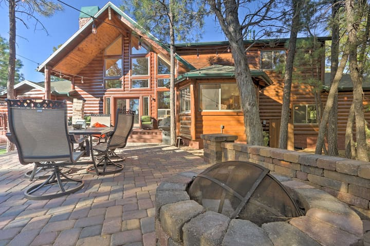 Show Low Cabin w/ Fire Pit, Game Room & BBQ!