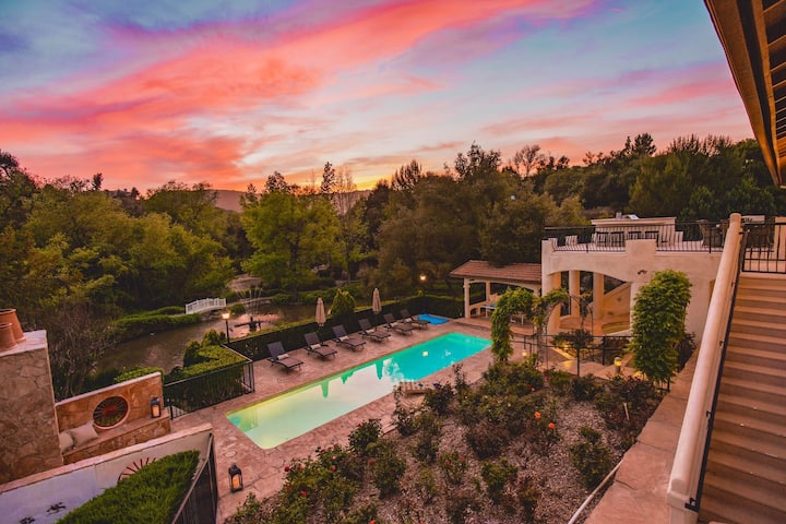 De Luz by AvantStay | 5 Acre Estate w/ Lake, Pool & Hot Tub
