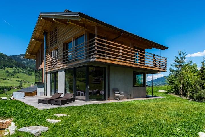 Luxueux chalet 4 chambres avec piscine et hammam
