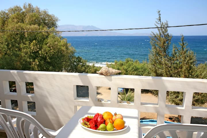 Sea View Greek Island Escape 1 - Chania - Apartamento