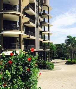 A beautiful modern Costarican condo - Tamarindo  - Appartement