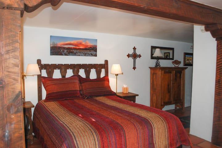 La Posada de Taos, Monterrey Room, stroll to plaza