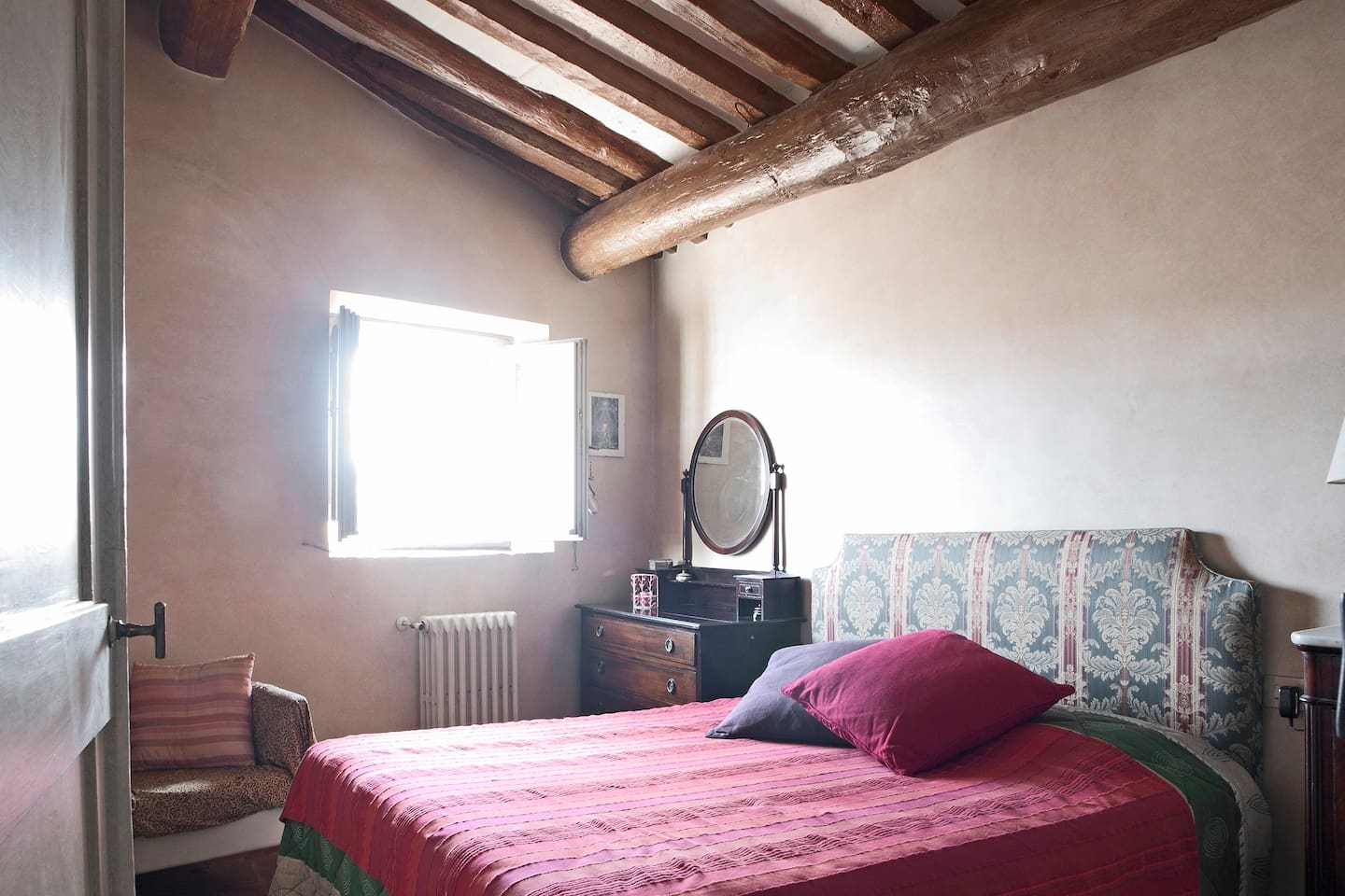 Santa Croce cosy apt with a view