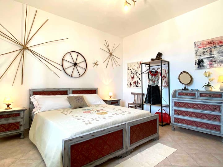 "Triple-Bed Typical Room ""Micheli"""