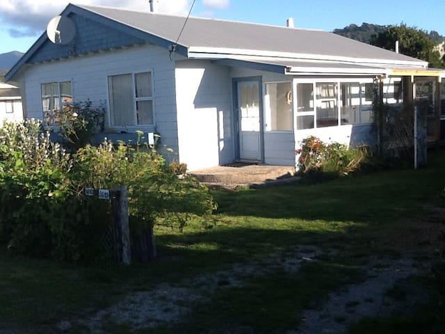 Little Wanganui House - Little Wanganui - House