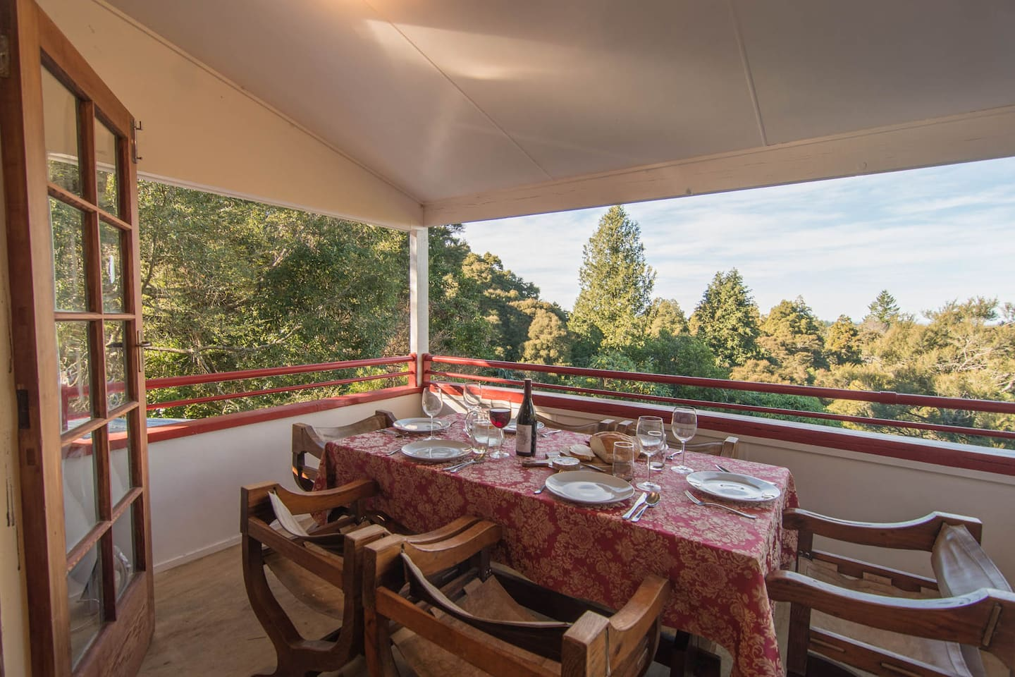 Take in the panoramic views over the tree tops as you dine with friends. Watch the sunrise, listen to the dawn chorus, and enjoy seeing delightful native birds land in the tree tops alongside you.