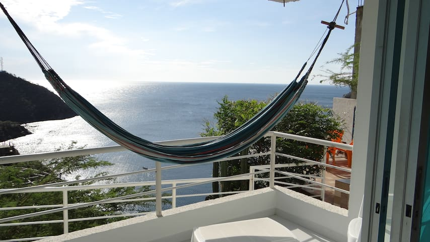 Luxurious aparment with the best sunset view